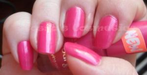 NOTD nails nail polish essence i want that pink manichiura