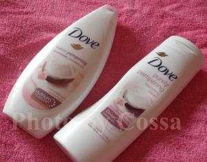 Un duo parfumat: Dove Puerly Pampering cu Ulei de Cocos si Iasomie